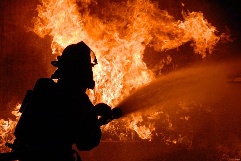 У Лохвиці під час пожежі у житловому будинку  рятували господаря
