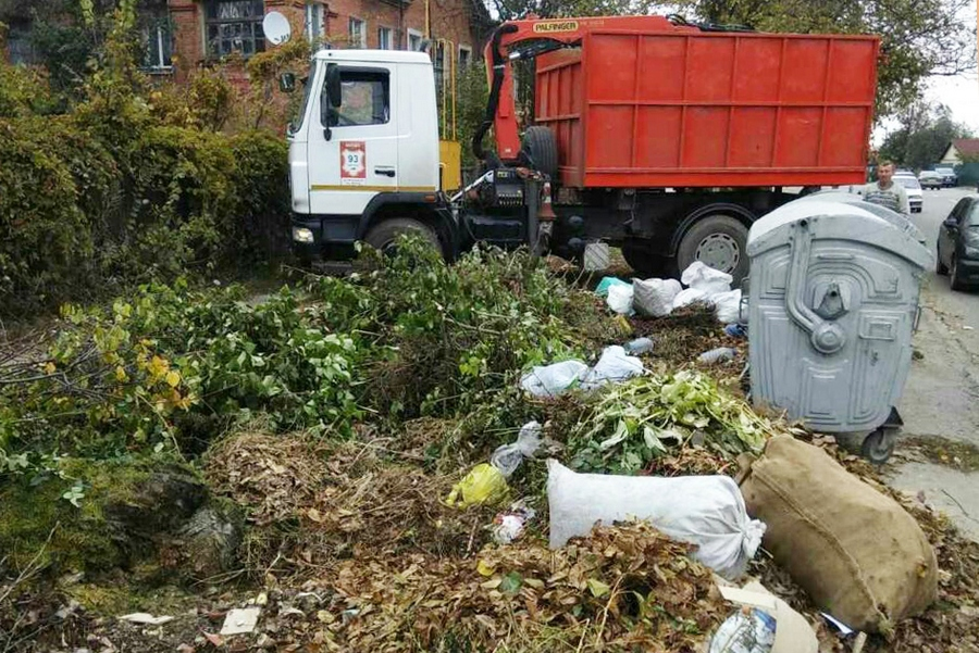 У Полтаві почастішали випадки безвідповідального складування великогабаритних відходів