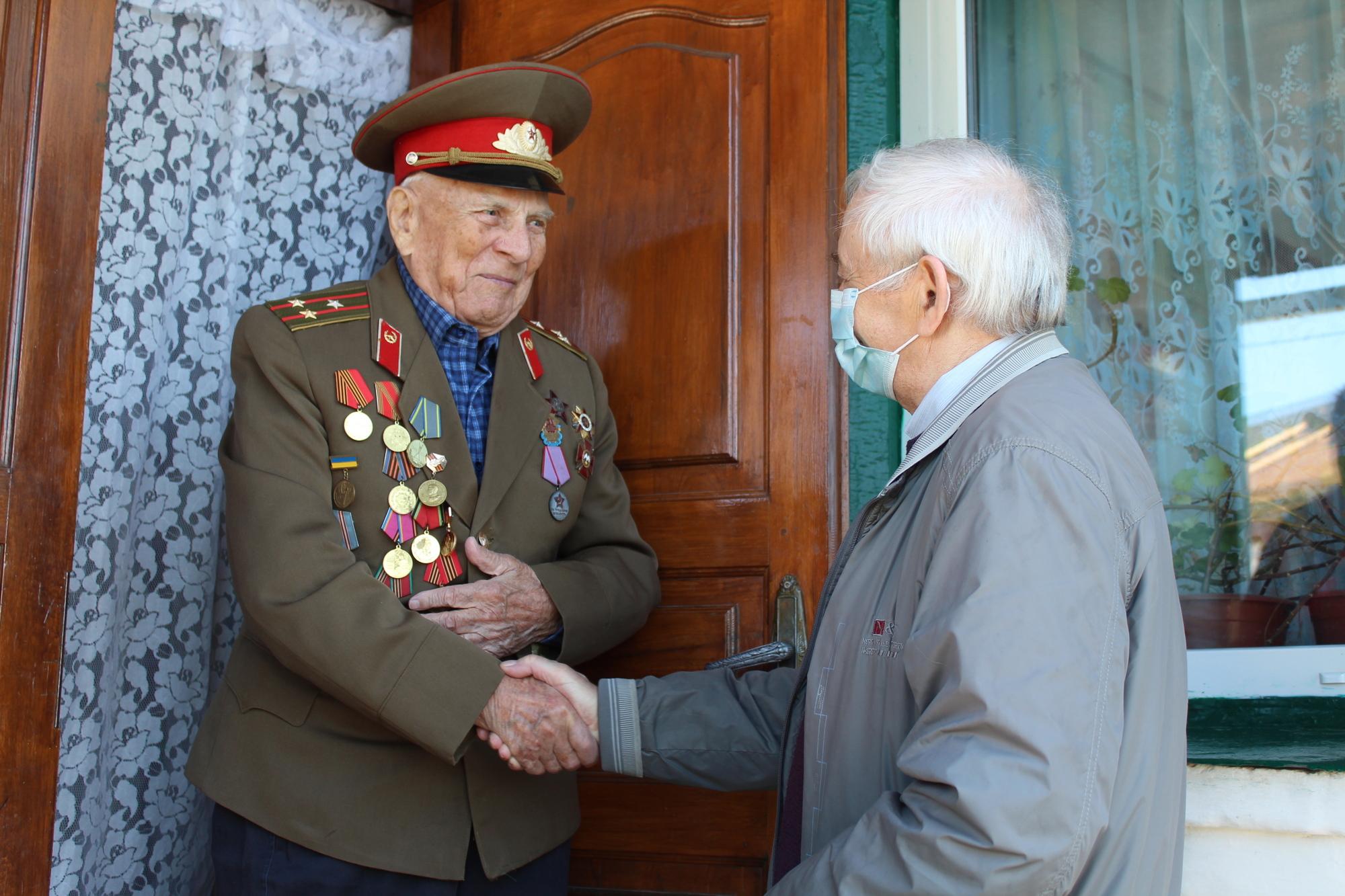 У Гадяцькій громаді привітали ветеранів Другої світової війни